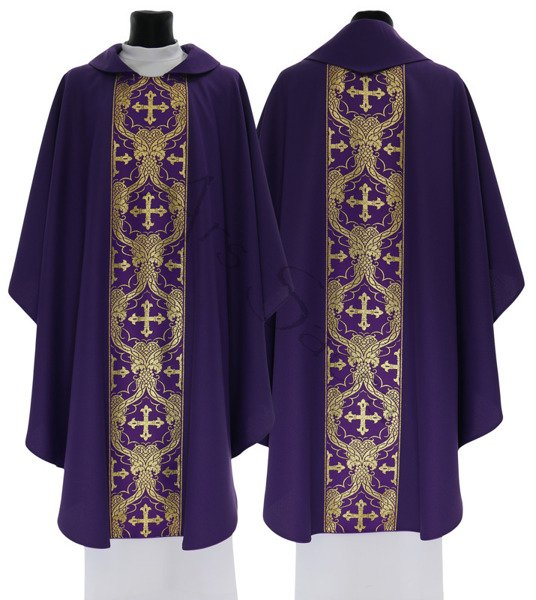 Gothic Chasuble 048-F